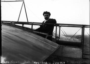 Blériot sur 8 bis, 2                       octobre 1908 : [photographie de presse] / [Agence                       Rol]